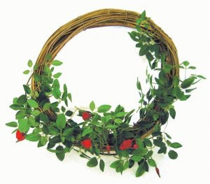 Earthflora's 10 Inch Rose Wreath On Wood Base